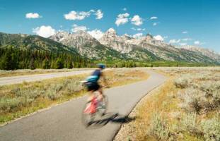 Spring into Summer Fun with 15% OFF at Rendezvous Mountain Rentals